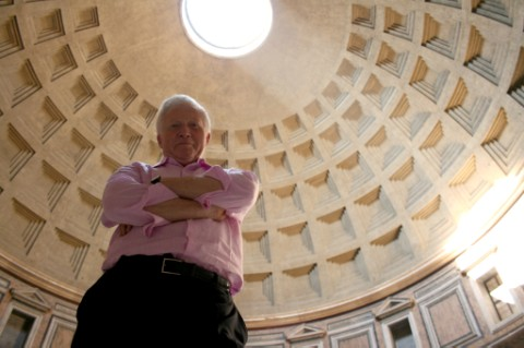 David Dimbleby in the Panthenon in Rome © BBC