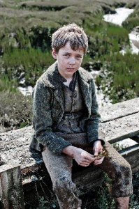Oscar Kennedy as Young Pip