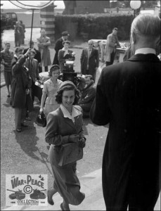 Pauline Stroud arriving at the Metropole Hotel Folkestone for the filming of Lady Godiva Rides Again July 1951