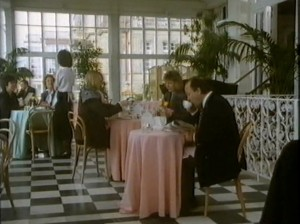 People dining at The Grand, Folkestone screenshot