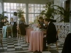 People dining at The Grand, Folkestone screenshot