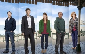 True Love cast L - R Adrian (DAVID MORRISEY), Nick (DAVID TENNANT), Holly (BILLIE PIPER), Paul (ASHLEY WALTERS), Sandra (JANE HORROCKS) standing in a row with the sky behind them