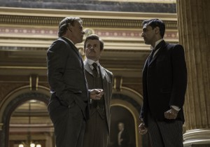 Arthur (Martin Clunes), Alfred (Chales Edwards) and George (Arsher Ali) meet to discuss the case
