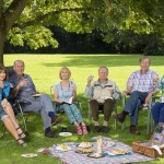 Boomers Maureen (STEPHANIE BEACHAM), John (RUSS ABBOT), Carol (PAULA WILCOX), Trevor (JAMES SMITH), Alan (PHILIP JACKSON), Joyce (ALISON STEADMAN) having a picnic